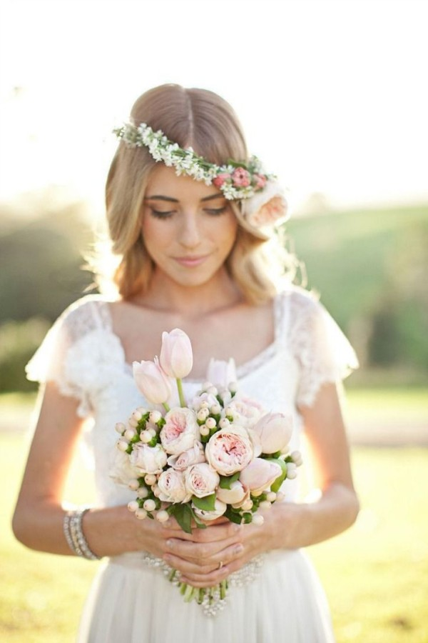 Wedding-Philppines-Floral-Bridal-Crowns-Headpiece-Ideas-281-600x900 Be Like a Queen with Your Crown [79 Newest Trends...]