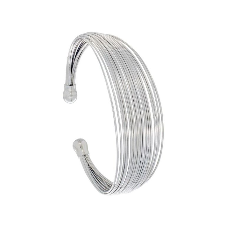 ains_066_c._spargz-stainless-steel-necklace-set-ains-066 30 Everlasting & Affordable Stainless Steel Jewelry