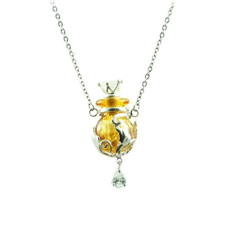aroma-essential-oil-necklace-heart-shape-u472 Aromatic Jewelry for a Fashionable Look & Fresh Smell All the Time