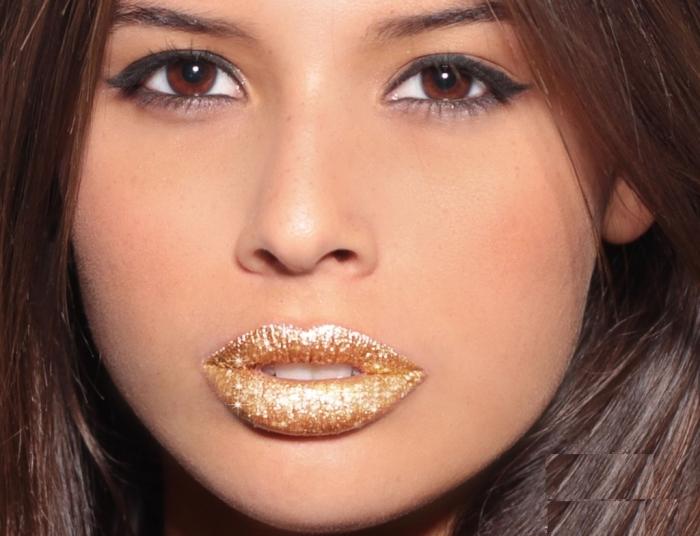 bella_goldglitter_closelo Best 12 Temporary Makeup Tattoo Designs