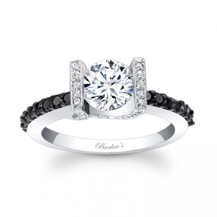 black-diamond-wedding-rings-for-women-4 Easy Tricks to Make Your Diamond Look Larger