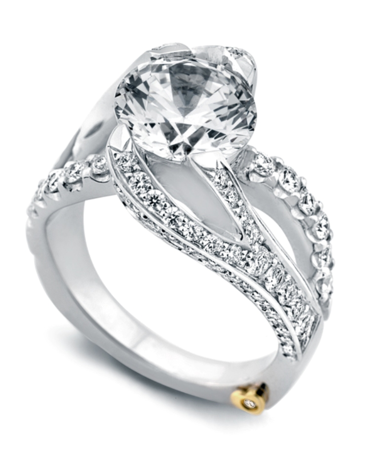 breathtakingyes Easy Tricks to Make Your Diamond Look Larger