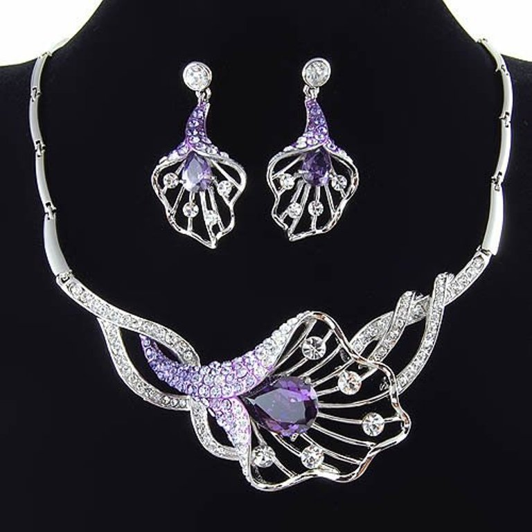 bridal-jewelry-set-wedding-jewelry-settings-bridal-gown-maid-gown-evening-dress-party-gown-accessory-accessories How to Choose Bridal Jewelry for Enhancing Your Beauty