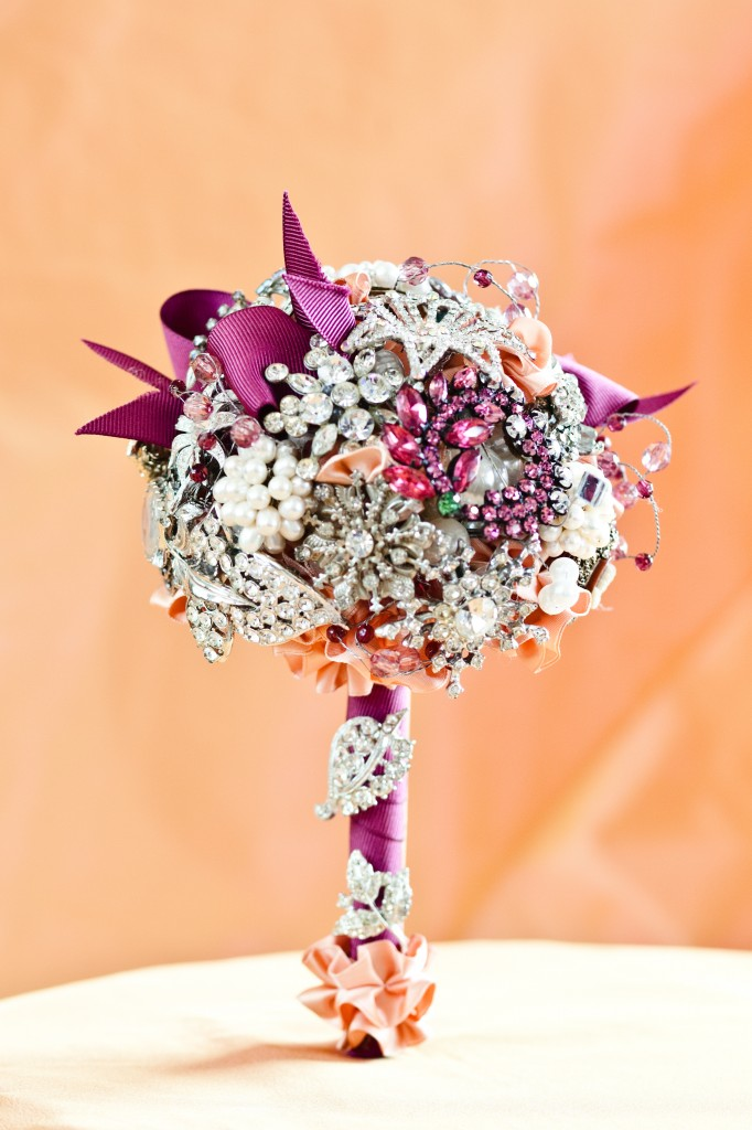 creativebooch-Bouquet-eventdecorator_com_-682x10242 Complete Your Look and Prove Yourself with Brooches and Pins