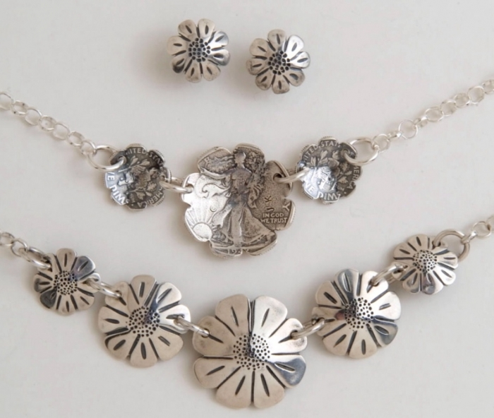 daisies-set 25 Unique & Fashionable Coin Jewelry Pieces