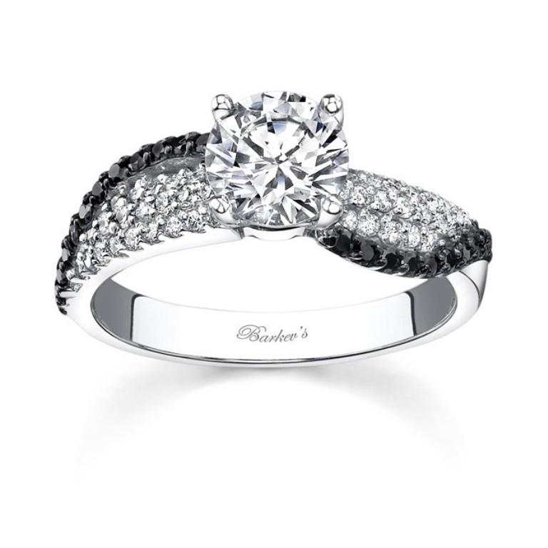 diamond-wedding-rings-for-women-9 Easy Tricks to Make Your Diamond Look Larger