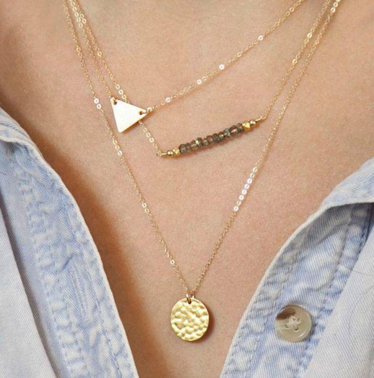 e45fa2505eb6708c8dc82f22d66c2da5 Look Fashionable by Layering Your Jewelry