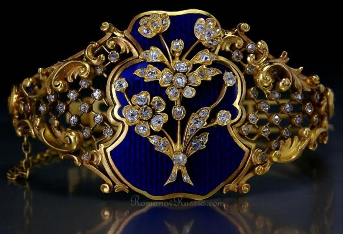 faberge_bracelet_antique_russian 25 Victorian Jewelry Designs Reflect Wealth & Beauty