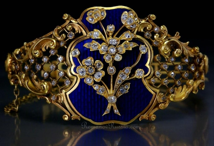 faberge_bracelet_antique_russian 25 Victorian Jewelry Designs Reflect Wealth & Beauty