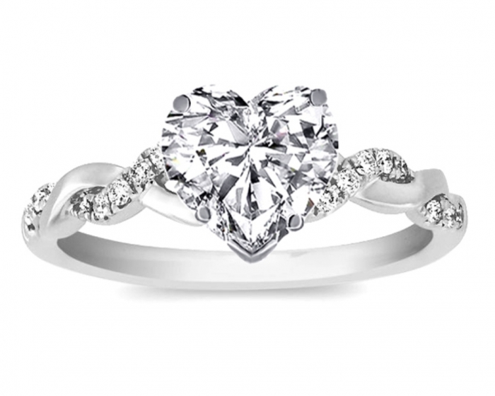 heart-shaped-diamond-engagement-ring-2 Easy Tricks to Make Your Diamond Look Larger