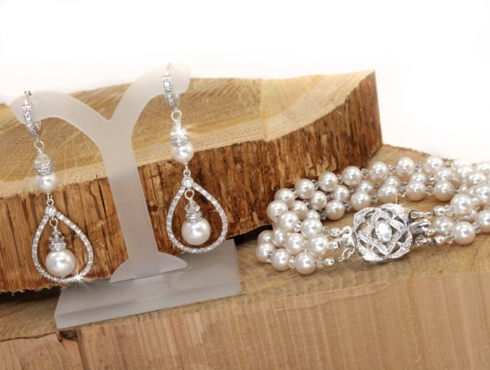 il_fullxfull.314998660 How to Take Care of Your Pearl Jewelry