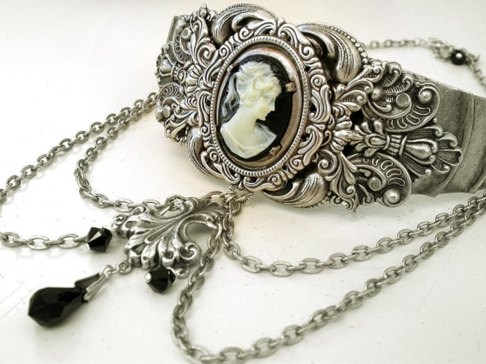 il_fullxfull.367314407 25 Victorian Jewelry Designs Reflect Wealth & Beauty