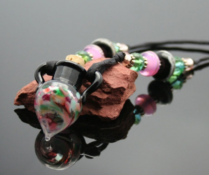 jubilee-aromatherapy Aromatic Jewelry for a Fashionable Look & Fresh Smell All the Time