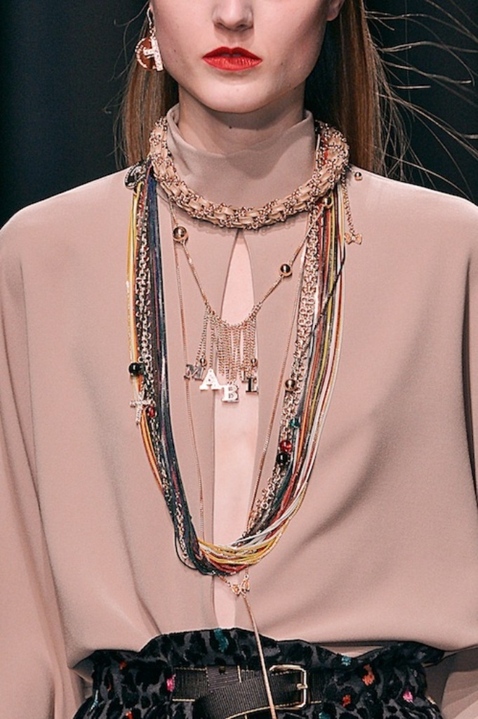 layering_necklaces Look Fashionable by Layering Your Jewelry