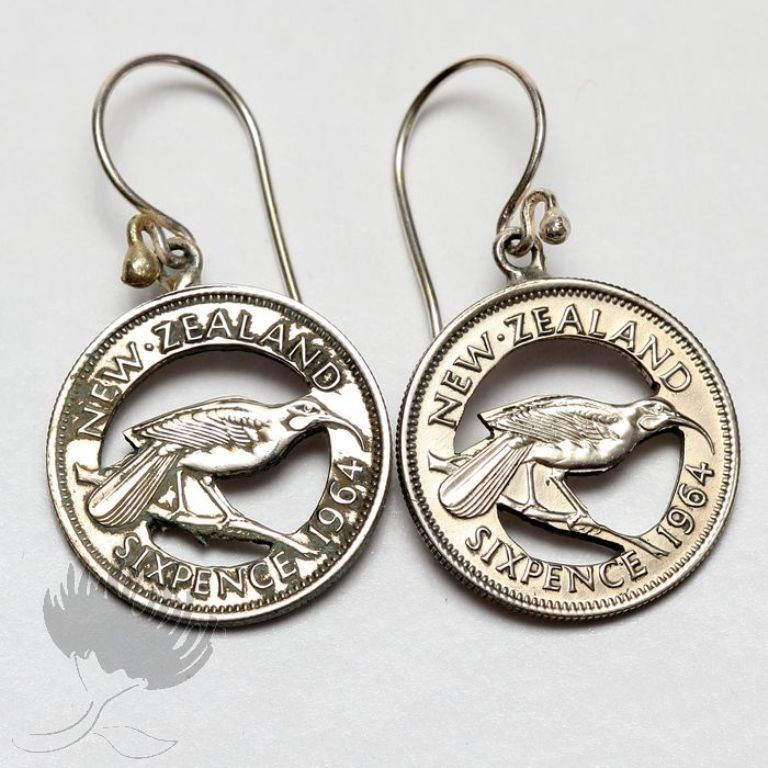 new-zealand-Coin-Jewellery-005 25 Unique & Fashionable Coin Jewelry Pieces
