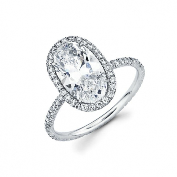 oval-engagement-rings Easy Tricks to Make Your Diamond Look Larger