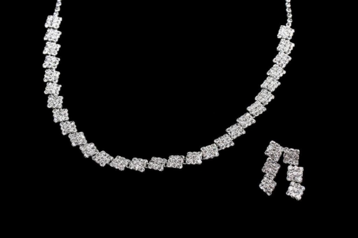 pl1575274-succinct_bridal_necklace_earring_sets_simple_design_bridal_jewelry_set_with_silver_plating_nf1287 How to Choose Bridal Jewelry for Enhancing Your Beauty