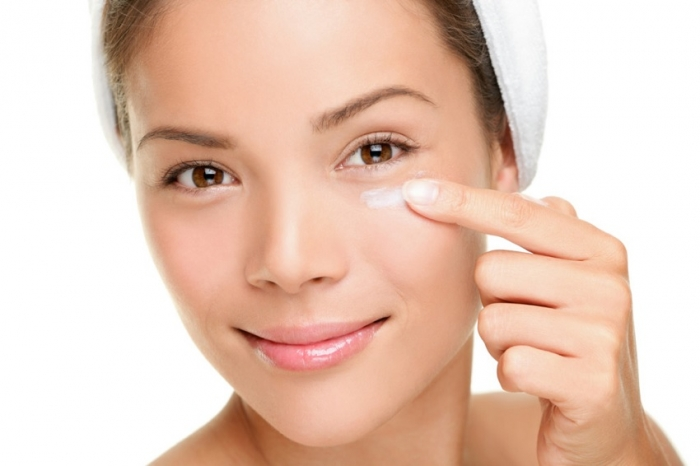 puffy-eyes How to Wear Eye Makeup in six Simple Tips