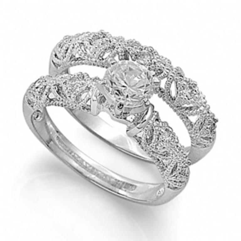 simonas-victorian-style-imitation-diamond-wedding-ring-set 25 Victorian Jewelry Designs Reflect Wealth & Beauty