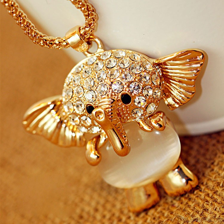 t2vkzsxkxaxxxxxxxx__605514068 69 Dress Jewelry Pieces in the Shape of Your Favorite Animal