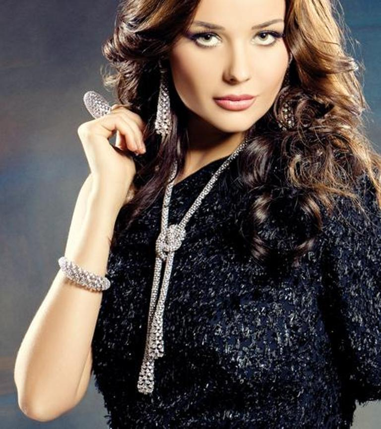 untitled Discover the Elegance & Magnificence of Italian Jewelry