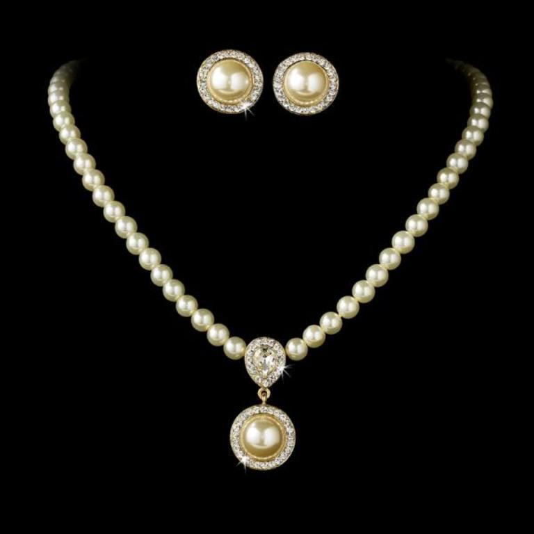 victorian-jewellery 25 Victorian Jewelry Designs Reflect Wealth & Beauty