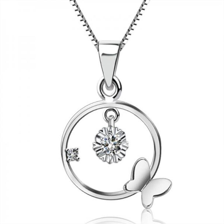 white-gold-diamond-necklaces-1 White & Yellow Gold, Which One Is the Best?