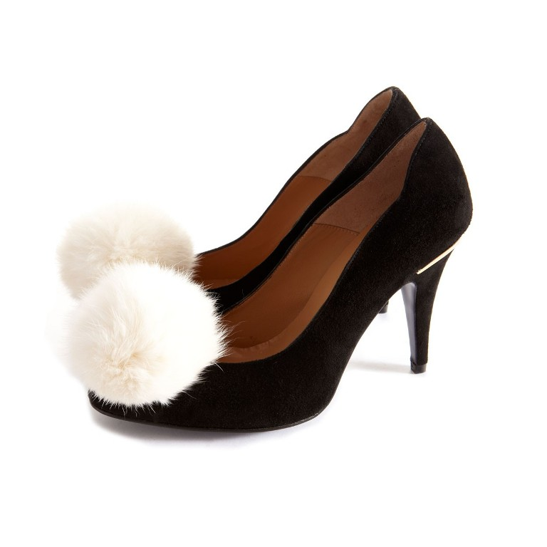white_rabbit_pom_poms_cleo_b_shoe_clips_web_3 27 Ideas Bring a New Life to Your Shoes by Adding Shoe Clips & Charms