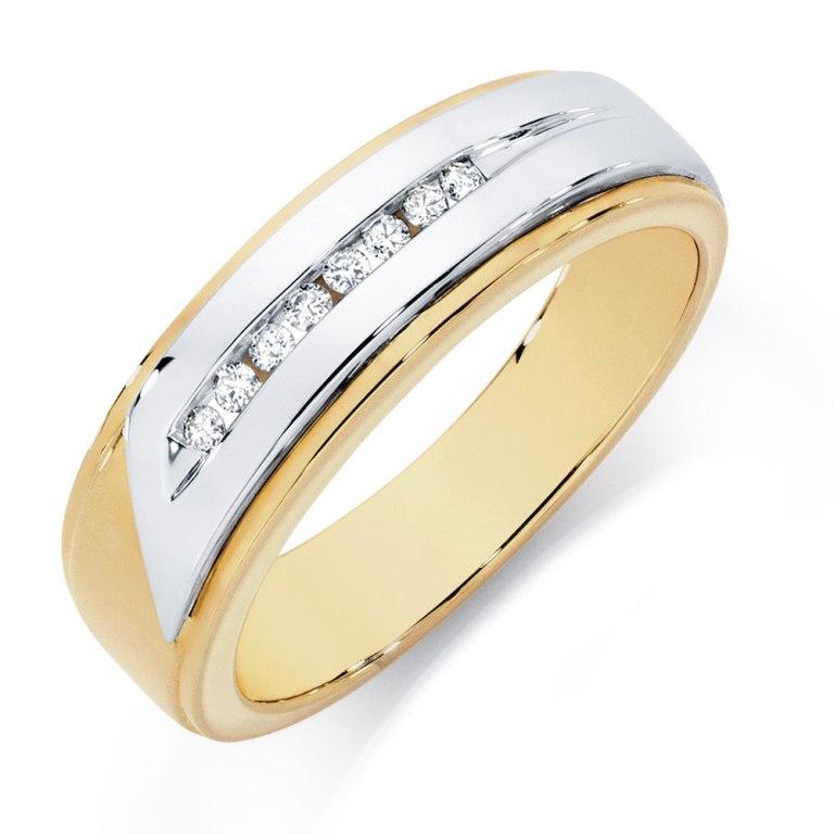 11029168_1 Men's Diamond Rings for More Luxury & Elegance