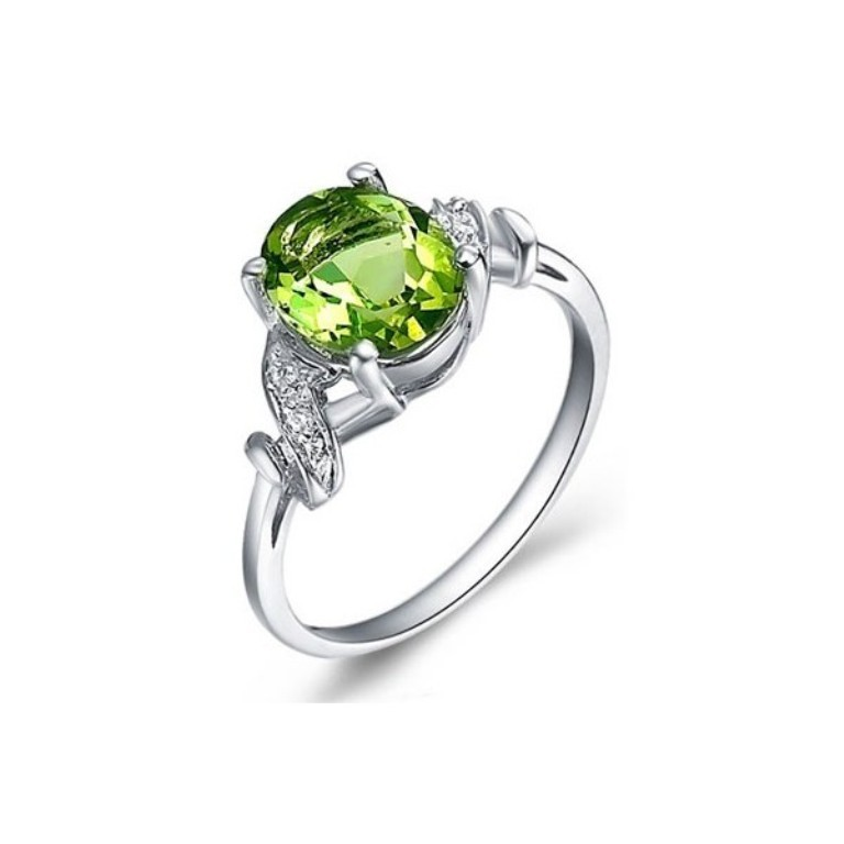 2-carat-peridot-gemstone-engagement-ring-on-silver Most Exclusive Peridot Jewelry that Shines Even at Night