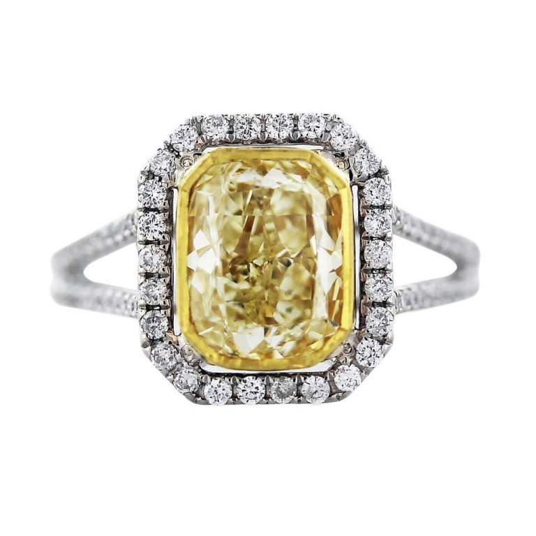 2.62ct-cushion-cut-yellow-diamond-ring-1-1024x1024 Cushion Cut Engagement Rings for Beautifying Her Finger
