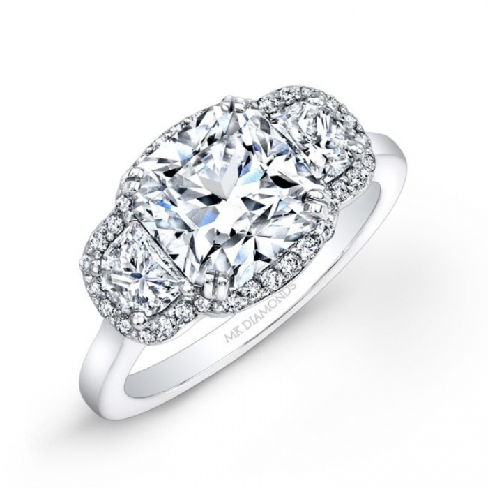 25326-w-a Cushion Cut Engagement Rings for Beautifying Her Finger