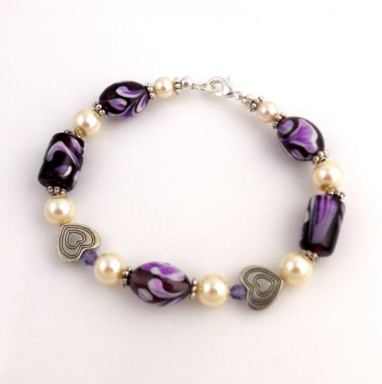 4387618-original Glass Beads for Creating Romantic & Fashionable Jewelry Pieces