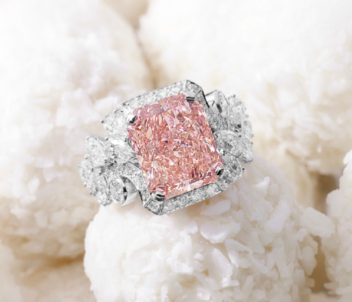 6.43-carats-vivid-pink-diamond-ring Most Famous Romantic & Unique Jewelry with Pink Diamonds