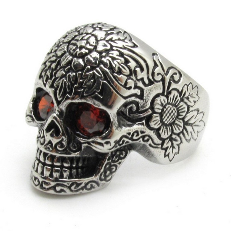 724409127_423 Skull Jewelry for Both Men & Women