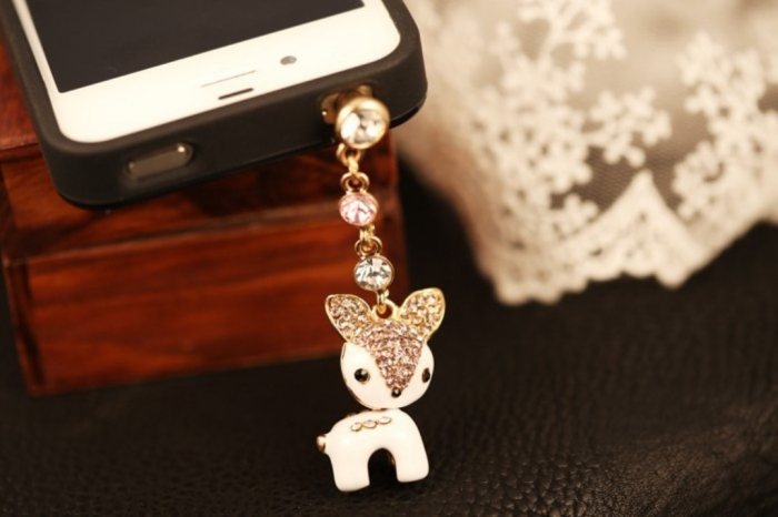 820263380_329 Mobile Phone Charms to Renew Your Mobile Phone