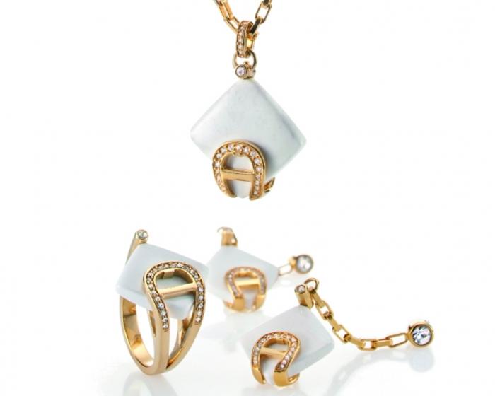 Agate-jewellery-set-285-515-Aigner Do You Know Your Zodiac Gemstone?