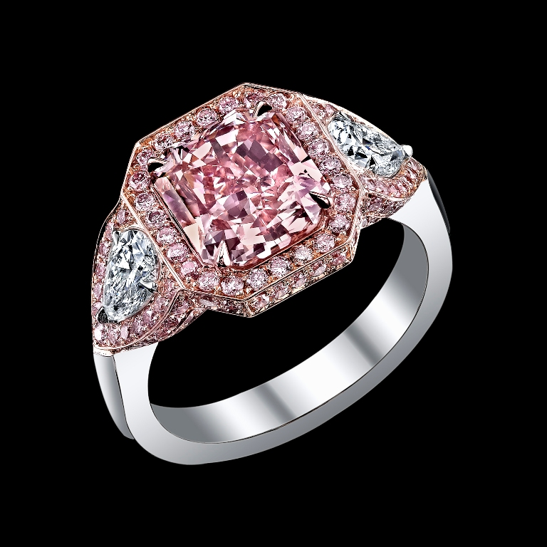 BDGS_00117 Most Famous Romantic & Unique Jewelry with Pink Diamonds