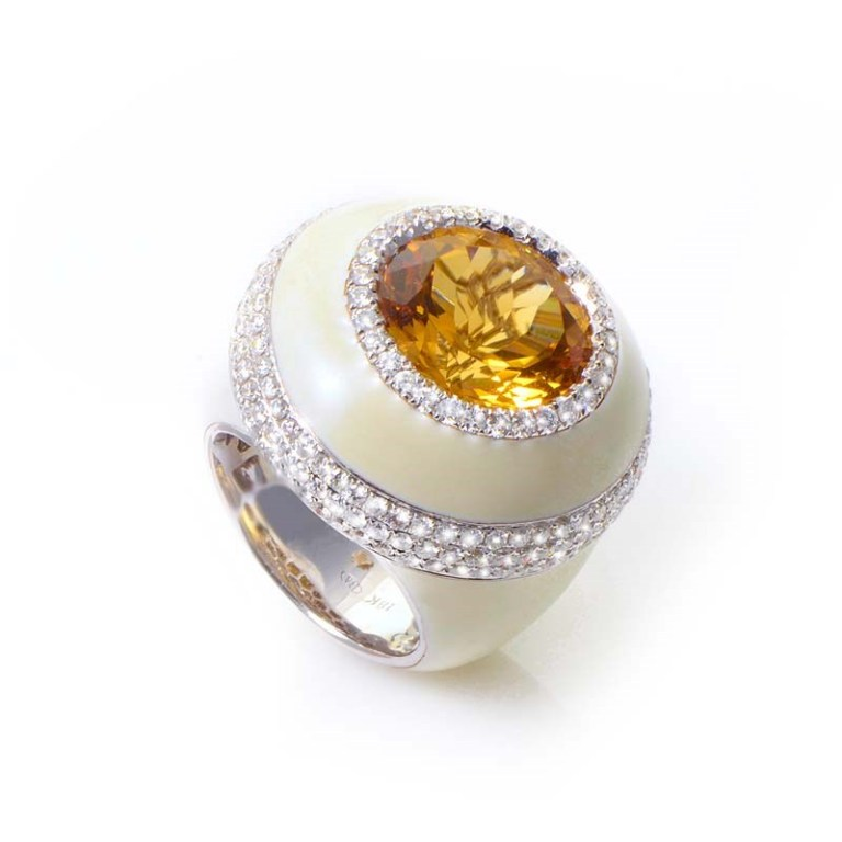 Citrine Top 10 Non-Diamond Engagement Ring Types for a More Unique Proposal