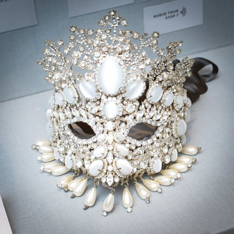 Fashion-Jewelry-Collection-Barbara-Berger Get a Royal & Fashionable Look with Costume Jewelry