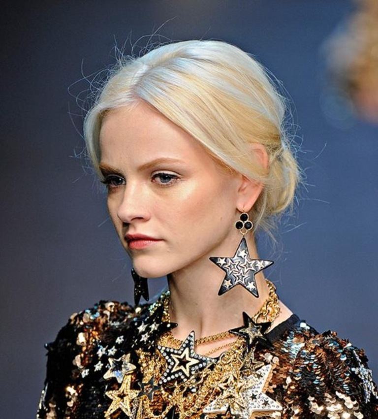 Fashion-Jewelry Get a Royal & Fashionable Look with Costume Jewelry
