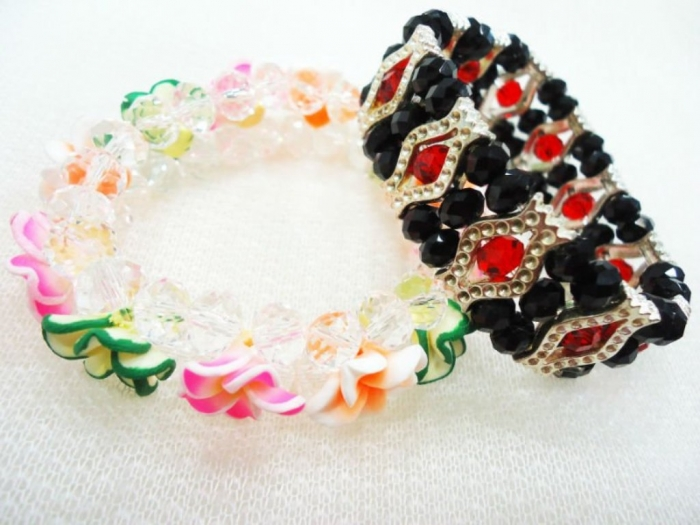 Glass_bead_bracelets_crystal_jewelry_634558826162041494_2 Glass Beads for Creating Romantic & Fashionable Jewelry Pieces