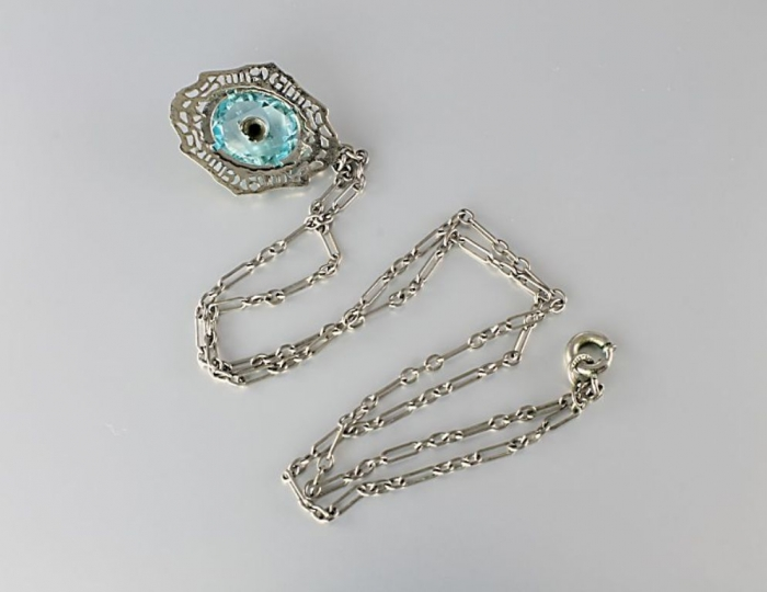 N273c3 Top 7 Types of Necklace Clasps
