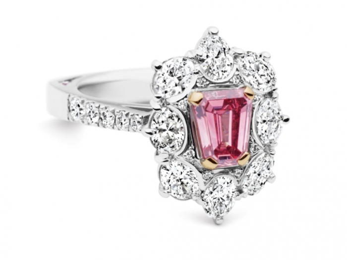 Pink-Diamond-Tender-Ring Most Famous Romantic & Unique Jewelry with Pink Diamonds