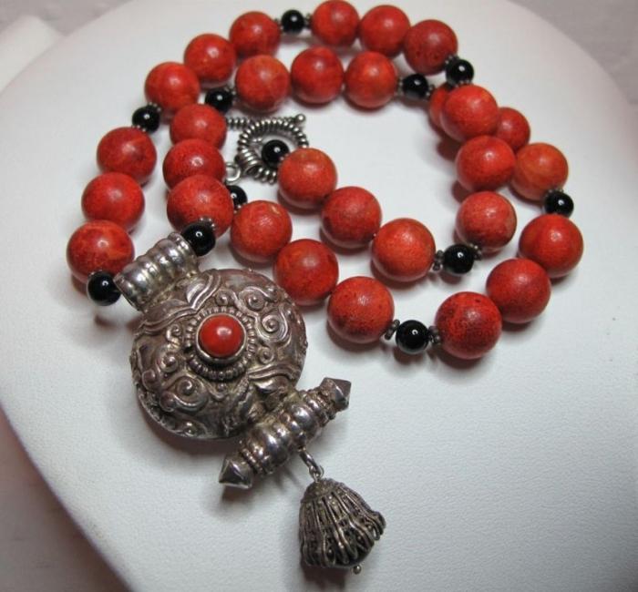 RL-860.1L Create Unique & Fashionable Jewelry Using Tibetan Silver Beads