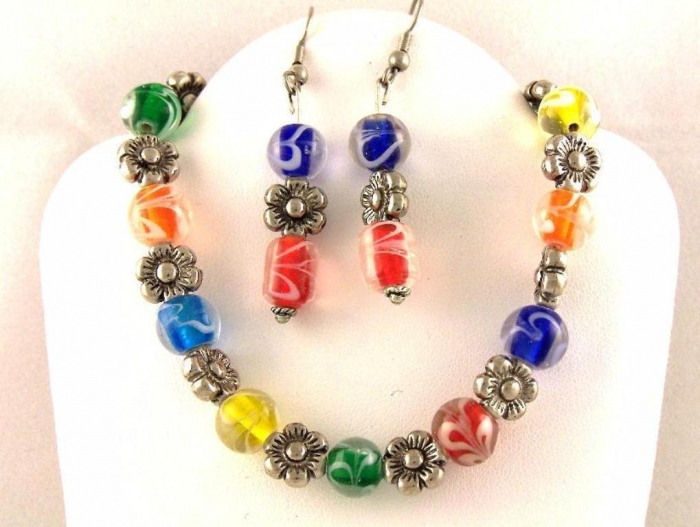 RainbowJewellery1_10 25 Mysterious Rainbow Jewelry Designs