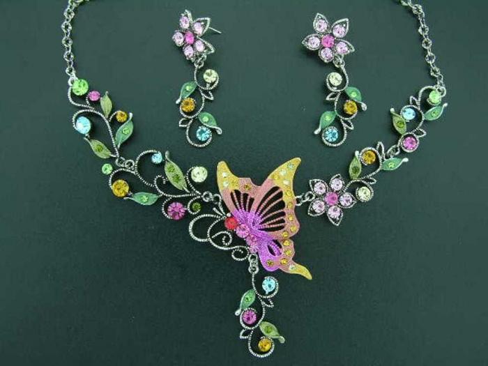 RainbowJewellery1_3 25 Mysterious Rainbow Jewelry Designs