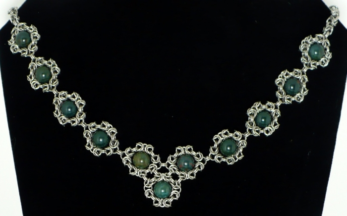 Romonov_Bloodstone_Necklace_by_chainmaille Do You Know Your Zodiac Gemstone?