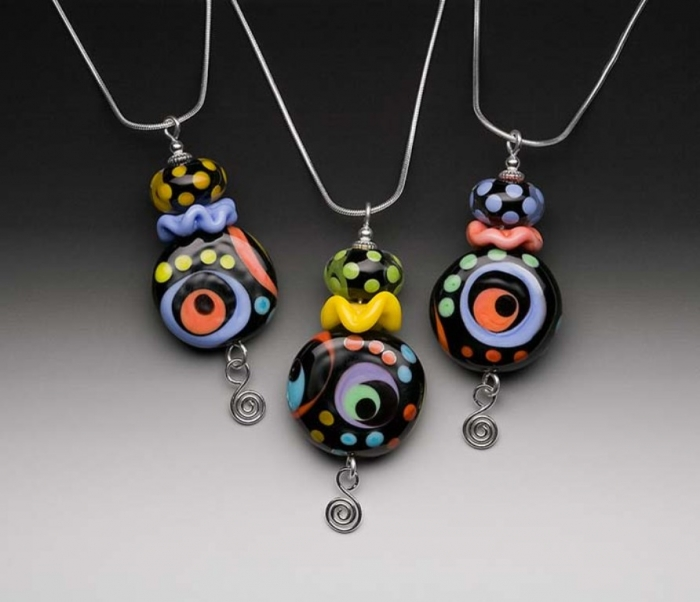 Ruffled_Disk_Eye_700x603 Glass Beads for Creating Romantic & Fashionable Jewelry Pieces
