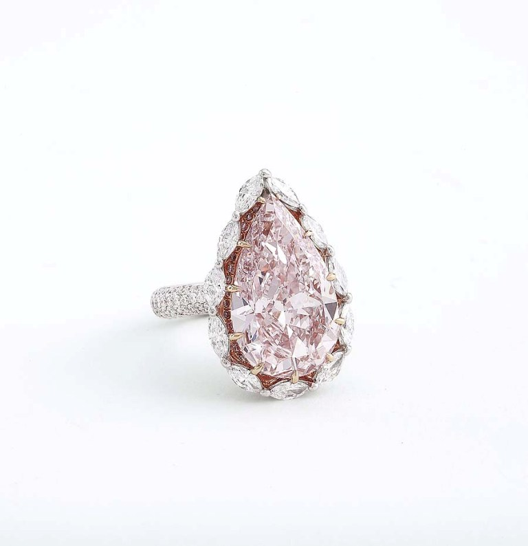 SothebysHongKongAutumnSale004 Most Famous Romantic & Unique Jewelry with Pink Diamonds